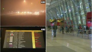 दिल्ली में घने कोहरे की वजह से 14 ट्रेनें रद्द, 20 फ्लाइटों का बदला समय