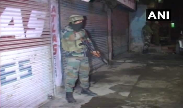 Grenade lobbed at CRPF personnel in J&K's Pulwama district, passerby injured