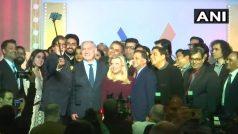 एक मंच पर जुटे बॉलीवुड के दिग्गज, नेतन्याहू संग फोटो के लिए अमिताभ ने थामी सेल्फी स्टिक