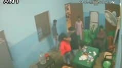 पश्चिम बंगाल: तृणमूल छात्र परिषद के नेता ने कॉलेज के भीतर की छात्रा की पिटाई