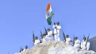 Republic Day: ITBP Jawans Unfurl Tricolour at 18000 Feet, in Minus 30 Degrees in Himalayas - Watch Video
