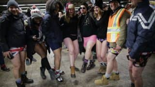 No Pants Subway Ride 2018: Passengers Brave Freezing Temperatures to Show up in Underwears in New York