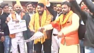Padmaavat Row: Protesters Set Buses on Fire in Gujarat, Burn Posters in Lucknow, Seek Complete Ban