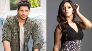 Sidharth Malhotra Apologises After Neetu Chandra Blasts Him For His Latrine Comment On Bigg Boss 11