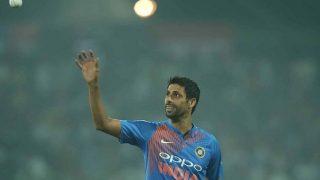 IPL: आरसीबी ने नेहरा को गेंदबाजी और कर्स्टन को बल्लेबाजी कोच बनाया