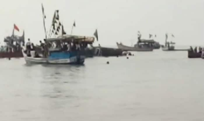 Andhra boat capsize: Joint rescue effort being conducted