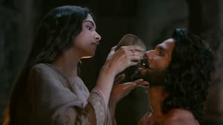 Padmaavat Dialogue Promo 2: Shahid Kapoor - Deepika Padukone Give A Deeper Look Into Their Love Story - Watch Video