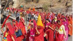 पद्मावत: तलवार लेकर सड़कों पर उतरा महिलाओं का हुजूम