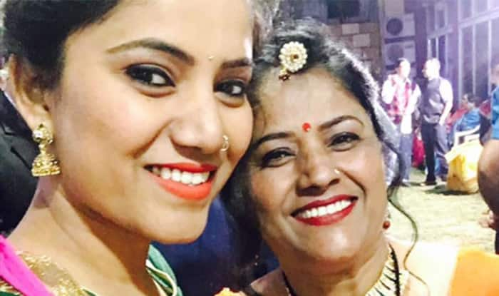 Jaipur Girl Fights All Odds Helps Widowed Mother Find Love