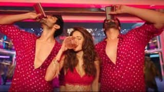 Sonu Ki Titu Ki Sweety New Song Chhote Chhote Peg: Yo Yo Honey Singh Is Back In Full Form In Typical Fashion