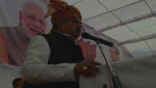 केंद्रीय मंत्री नरेंद्र सिंह तोमर के बिगड़े बोल, कहा-मोदी व कांग्रेस नेताओं में मूंछ और पूंछ के बाल जैसा अंतर