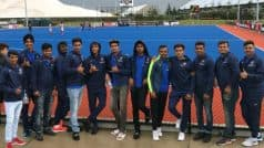 Dravid, India U-19 Squad Cheer Hockey Team in New Zealand