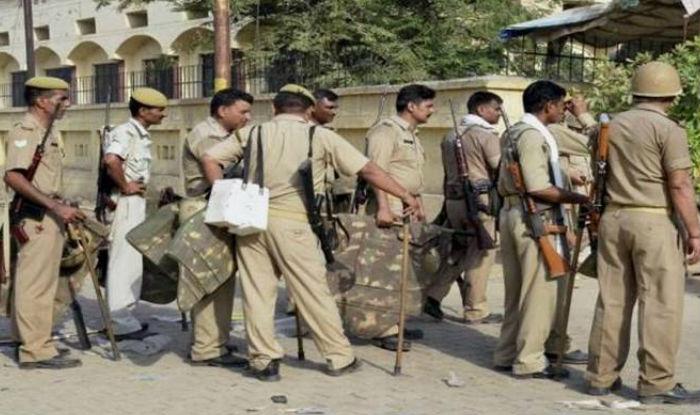 Constable, 26, Killed During Encounter in Uttar Pradesh's Amroha, Criminal Shot Too; CM Yogi Announces ex-gratia