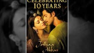 10 Years Of Jodhaa Akbar : Aishwarya Rai-Bachchan-Hrithik Roshan Are Immersed In Each Other's Love In This Unreleased Poster