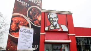 KFC Apologizes for Running Out of Chicken With a Cheeky Ad in the Newspaper, Twitterati Forgives Them Calling it Brilliant