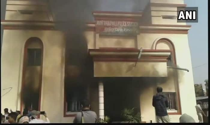 Locals torch police station in Odisha's Sambalpur over custodial death