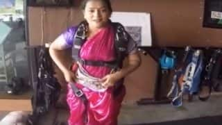 Pune Woman Skydives in Nav-wari Saree, Sets New Record