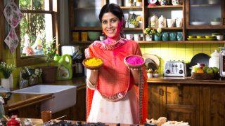 Holi 2018 Recipes: How to Make Aloo Tikki Chaat, Thandai, Mawa Gujiya