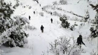 जम्मू कश्मीर के माछिल सेक्टर में हिमस्खलन की चपेट में आई सेना की चौकी, 3 सैनिकों की मौत, 1 घायल