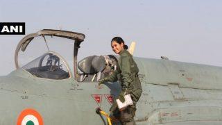 मिग-21 लड़ाकू विमान अकेले उड़ाने वाली पहली महिला पायलट बनीं फ्लाइंग ऑफिसर अवनी चतुर्वेदी