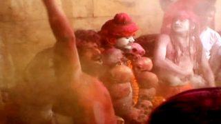 Bizarre Holi Ritual: Devotees in Varanasi Celebrate the Festival Of Colours With Ashes