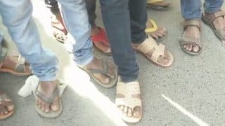 Bihar Students Arrive at Examination Centres in Slippers as BSEB Bars Them From Wearing Socks and Shoes
