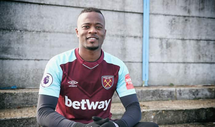 Evra, kicked out of Marseille, joins West Ham on free transfer