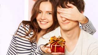 Valentine's Day 2018: List of Different and Unique Gifts to Give Your Valentine on February 14