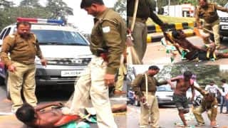 Jharkhand: Police Beat up a Mentally, Physically Challenged Man in The Middle of Road