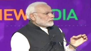 UP Investors Summit 2018: PM Narendra Modi Praises CM Yogi Adityanath, Says he Has Brought Value Addition to The State