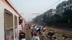 Mumbai Local: Train Gets Stranded Between Sion and Matunga Stations on For Over 30 Minutes, Clueless Passengers Walk on Tracks