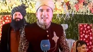 Pakistani Journalist Covers His Own Wedding, Interviews Wife (Watch)