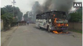 इलाहाबाद में लॉ स्टूडेंट की पीट-पीटकर हत्या के विरोध में बस फूकीं, पुलिस बल तैनात
