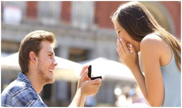 Propose Day 2019: 'Ae Dil Hai Mushkil' to 'Dil Dayan Gallan', These Romantic Melodies Are Perfect to Propose Your Partner
