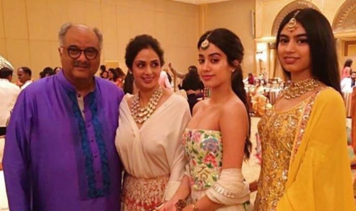 actress-sridevi-bhoni-kapoor-janhvi-kapoor-pic-goe