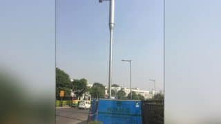 Delhi Street Lights Will Now Feature Pollution Monitors, CCTV & WiFi To Combat With Air Pollution