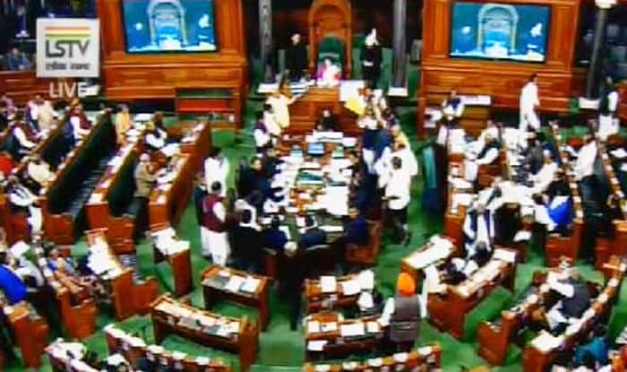 TDP MPs protesting in Lok Sabha