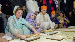 जस्टिन ट्रूडो ने स्वर्ण मंदिर में टेका माथा, सीएम अमरिंदर सिंह से भी की मुलाकात
