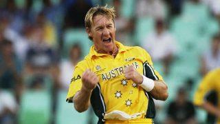 VIDEO: जब ऑस्ट्रेलियाई खिलाड़ी ने विश्वकप में की सबसे खतरनाक गेंदबाजी, इंग्लैंड के उखाड़े स्टम्प्स