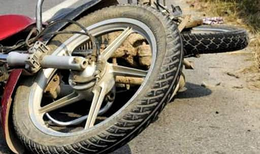 Pregnant woman dies after cop allegedly kicked her two-wheeler
