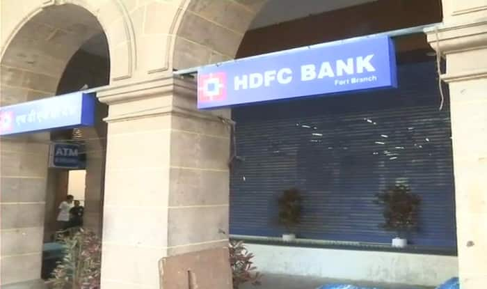 Indian Bank to Remove 'Anti-Homeless' Spikes After Causing Twitter Firestorm