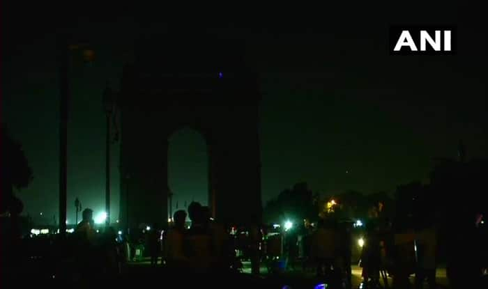 Earth Hour 2018 Live News Updates Lights Turned Off at CSMT in Mumbai India Gate in Delhi : lighting mumbai - www.canuckmediamonitor.org