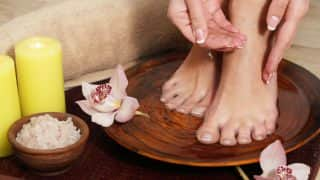Top 3 DIY Foot Scrubs To Get Beautiful Feet