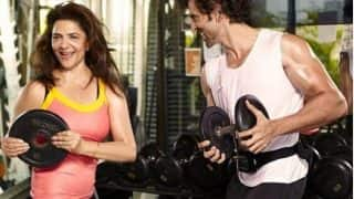 Hrithik Roshan Had The Most Amazing Reaction After Catching Mother Pinkie Roshan Lift Weights At The Gym (WATCH)