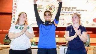 ISSF WorldCup: भारतीय निशानेबाज मनु भाकर ने जीता गोल्ड मेडल