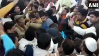 मेरठ नगर निगम में एक बार फिर भिड़े बीजेपी-बसपा पार्षद, बैठक के दौरान हंगामा