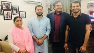 BJP MP Shatrughan Sinha Meets Rabri Devi, Tejashwi Yadav And Tej Pratap Yadav at Their Residence in Patna