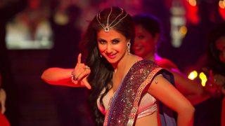 Urmila Matondkar Makes Comeback With Bewafa Beauty; Twitterati Excited Over Blackmail Song Video