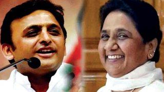 Uttar Pradesh Bypoll Results 2018: Akhilesh Yadav Meets Mayawati After Samajwadi Party Stuns BJP in Gorakhpur, Phulpur