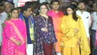 Akash Ambani-Shloka Mehta Visit Siddhivinayak Temple With Family
